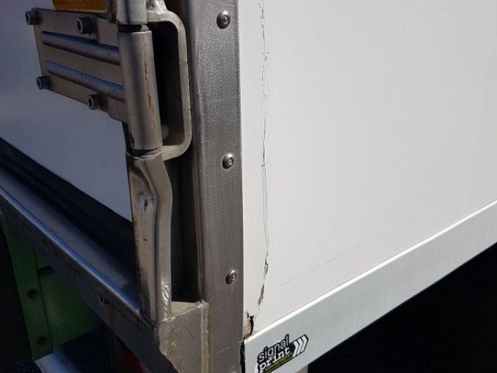 Camion porteur Volvo FL Caisse frigorifique 180.12 - FRIGO 25m3 - 154000 kms BLANC - VERT - 11