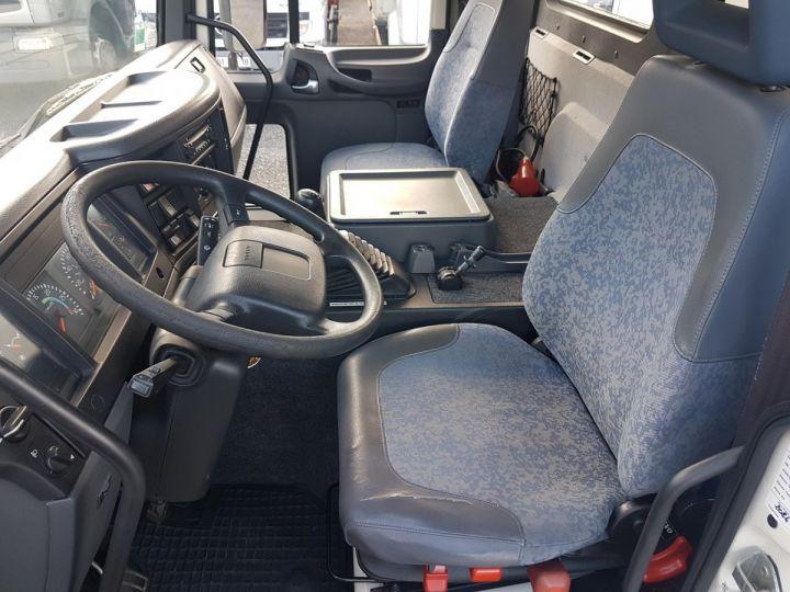 Camion porteur Volvo FL Caisse frigorifique 180.12 - FRIGO 25m3 - 154000 kms BLANC - VERT - 17