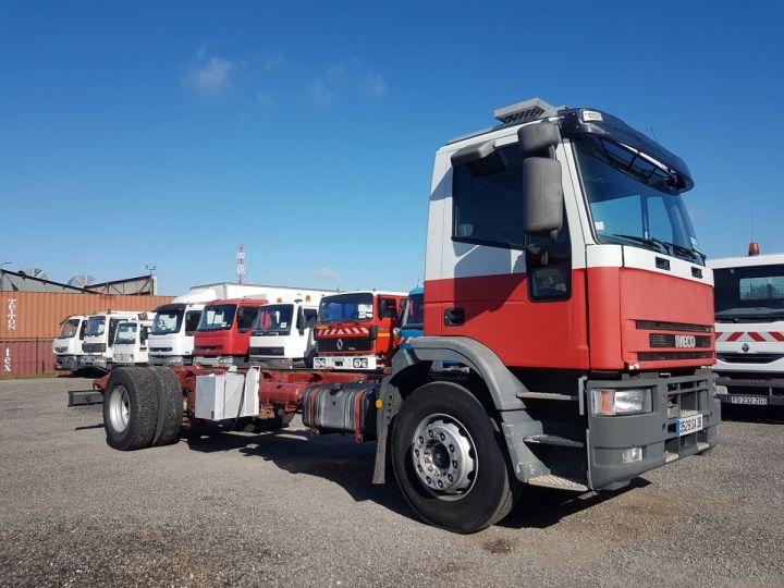 Camion porteur Iveco EuroCargo Chassis cabine 180 E 28 - Boite de vitesse en panne ROUGE - BLANC - 3