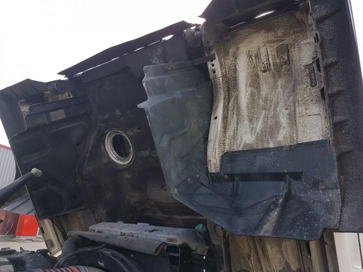 Camion porteur Man 26-322 Chassis cabine 6x2 - Moteur à réviser BLANC Occasion - 13