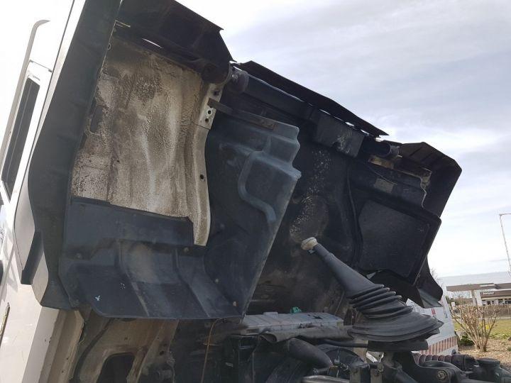 Camion porteur Man 26-322 Chassis cabine 6x2 - Moteur à réviser BLANC Occasion - 14