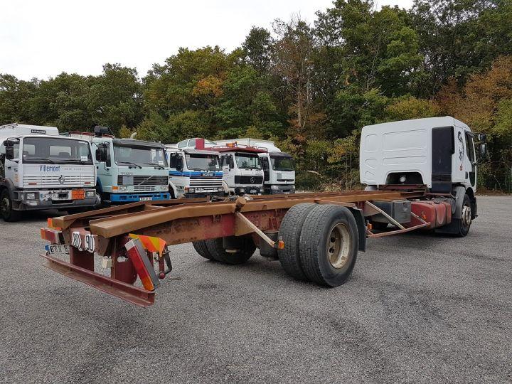Camion porteur Renault Premium Chassis cabine 260.18 BLANC Occasion - 2