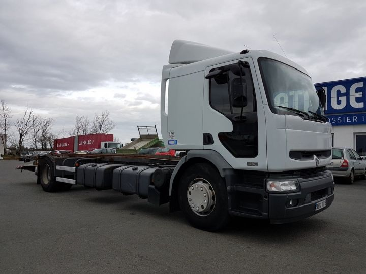 Camion porteur Renault Premium Chassis cabine 270dci.18D BLANC Occasion - 3
