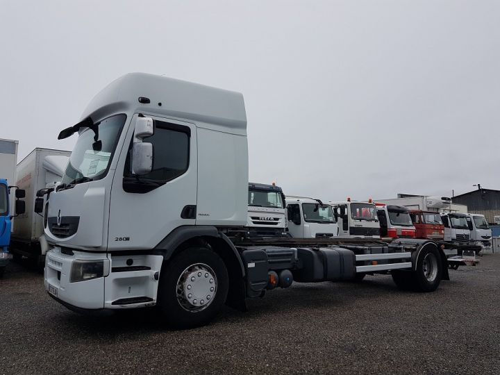Camion porteur Renault Premium Chassis cabine 280dxi.19D chassis 7m20 BLANC - 1