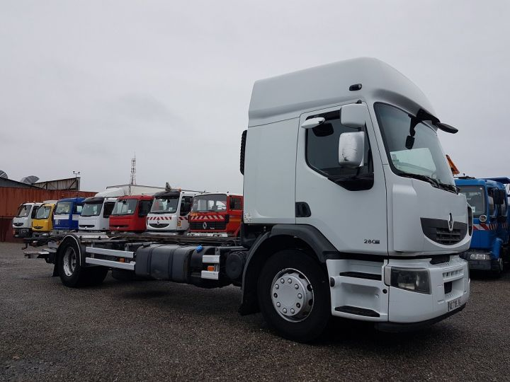 Camion porteur Renault Premium Chassis cabine 280dxi.19D chassis 7m20 BLANC - 4