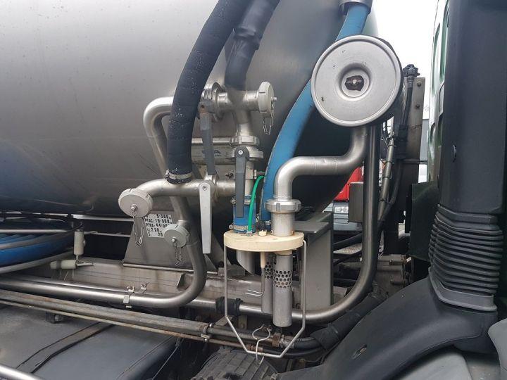 Camion porteur Renault Premium Citerne alimentaire 370dci.19D - Cabine accidentée VERT - GRIS - 9
