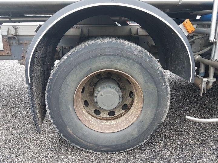 Camion porteur Renault Premium Citerne alimentaire 370dci.19D - Cabine accidentée VERT - GRIS - 21