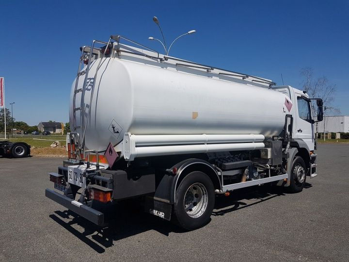 Camion porteur Mercedes Atego Citerne hydrocarbures 1823 N - Citerne FUEL 13500 litres BLANC - 2