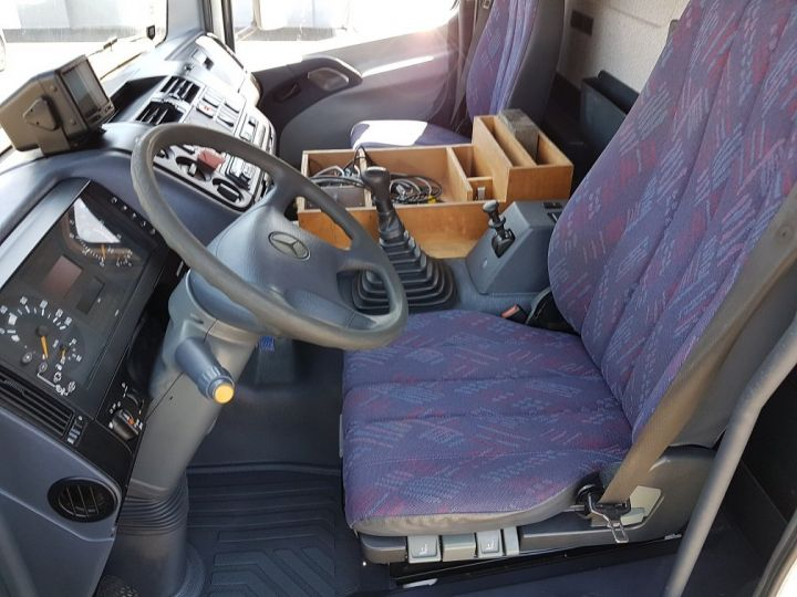 Camion porteur Mercedes Atego Citerne hydrocarbures 1823 N - Citerne FUEL 13500 litres BLANC - 14