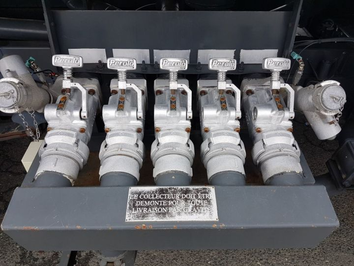 Camion porteur Renault Midlum Citerne hydrocarbures 210.16 BLANC Occasion - 6