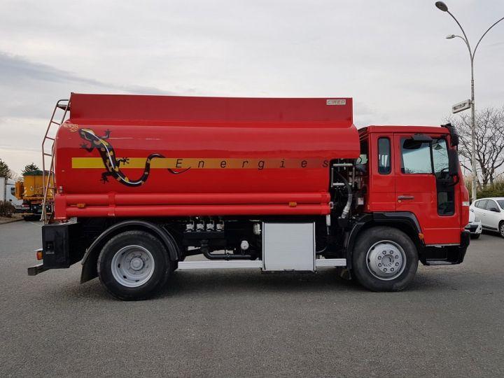 Camion porteur Volvo FL Citerne hydrocarbures 220.15 ROUGE - 6