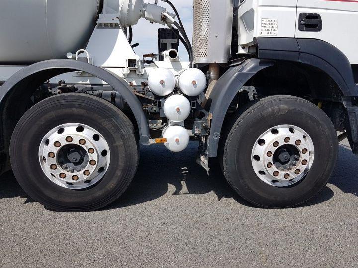 Camion porteur Iveco Trakker Malaxeur 410 8x4 - IMER 8.5m3 BLANC - 13