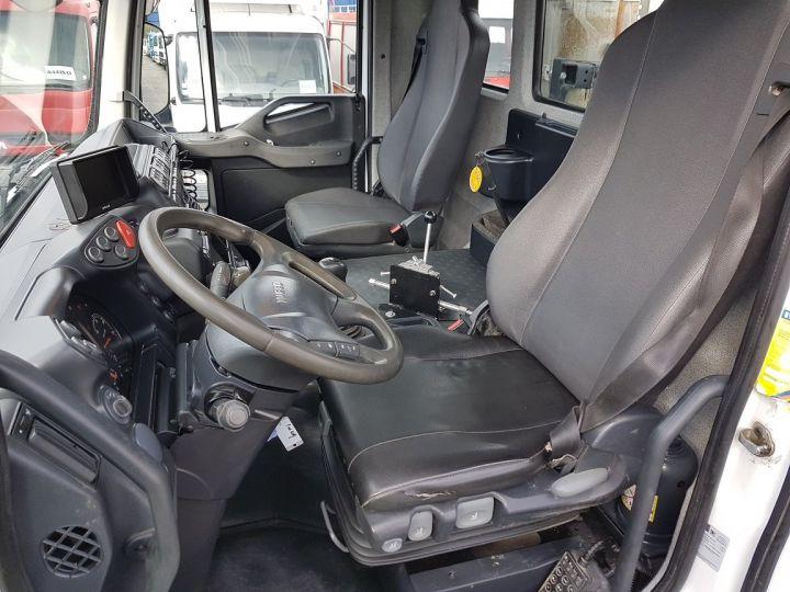 Camion porteur Iveco Trakker Malaxeur 410 EEV 8x4 FRUMECAR 9m3 BLANC - 16
