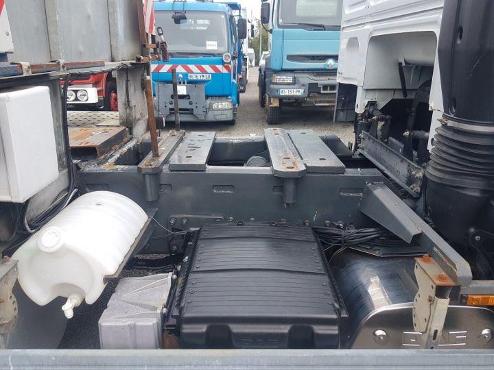 Camion porteur Daf XF105 Plateau 510 6x2/4 SPACECAB - Chassis 8 m. BLANC et VERT - 12