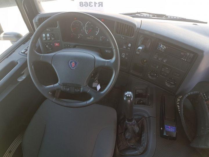 Camion porteur Scania P Plateau + grue 340 CB 6x4 + PALFINGER PK18500 BLANC - 18