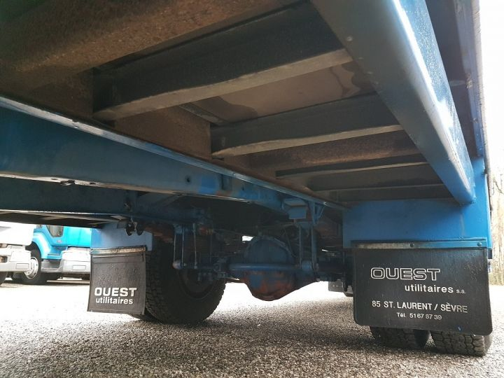 Camion porteur Renault S Plateau porte voiture 130.09 A - PORTE VOITURE / MATERIEL BLANC et BLEU - 12