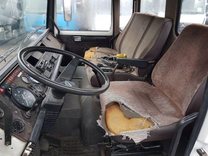 Camion porteur Renault S Plateau porte voiture 130.09 A - PORTE VOITURE / MATERIEL BLANC et BLEU - 20