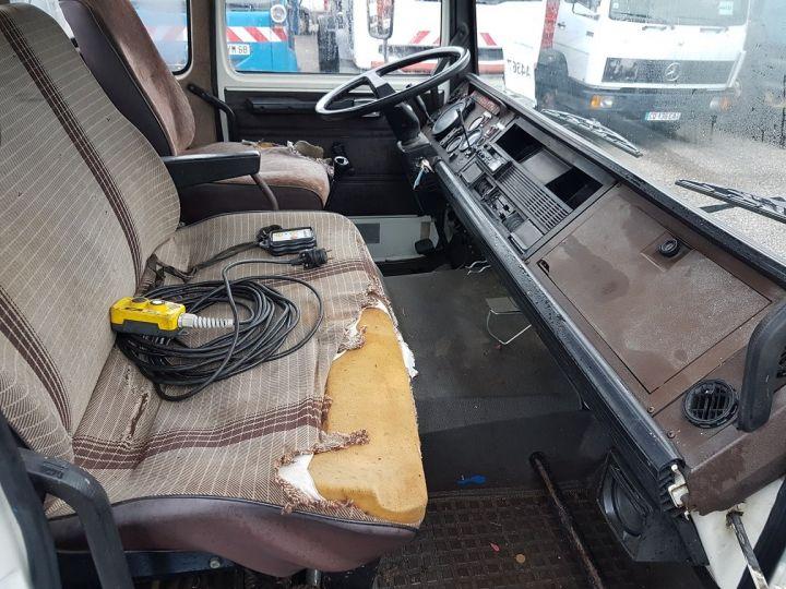 Camion porteur Renault S Plateau porte voiture 130.09 A - PORTE VOITURE / MATERIEL BLANC et BLEU - 21