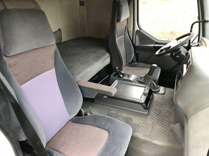 Camion porteur Renault Premium Plateau 320dci.19 PRIVILEGE BLANC - 16