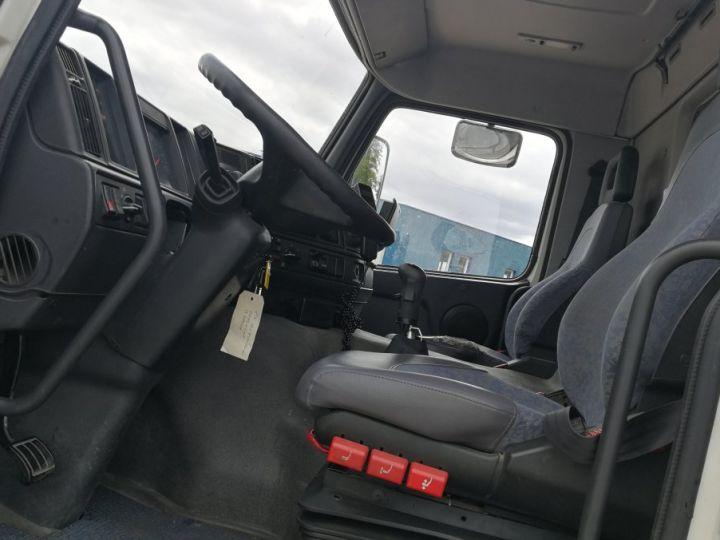 Camion porteur Volvo FM Porte container FM 7 . 290 4X2 BLANC - 5