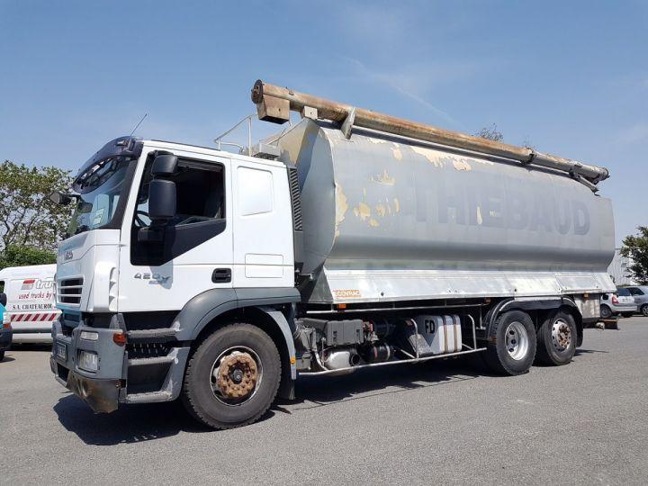 Camion porteur Iveco Stralis Citerne Pulvérulents AT 420 6x2 - 260 S 42 - ECOVRAC 33m3 BLANC et GRIS Occasion - 1