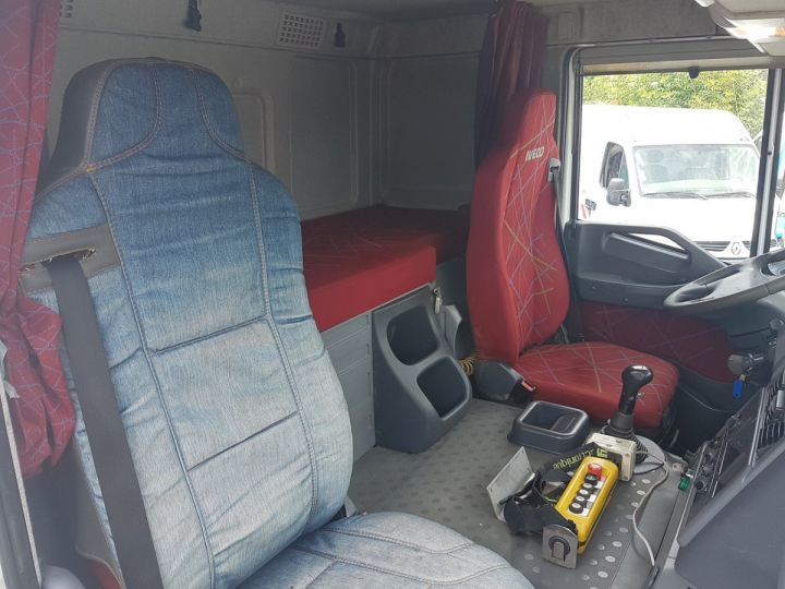 Camion porteur Iveco Stralis Citerne Pulvérulents AT 420 6x2 - 260 S 42 - ECOVRAC 33m3 BLANC et GRIS Occasion - 19