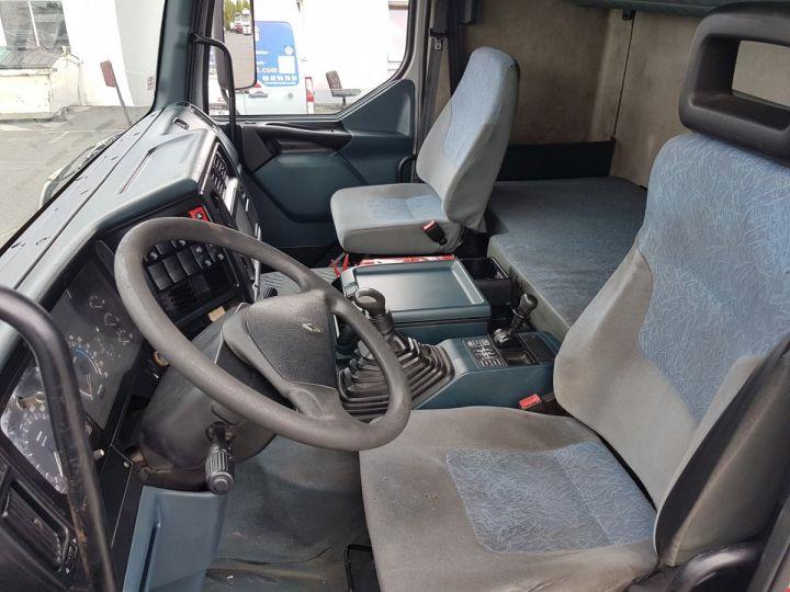 Camion porteur Renault Premium Rideaux coulissants 400.18 GV 850 PRIVILEGE GRIS - ROUGE Occasion - 15