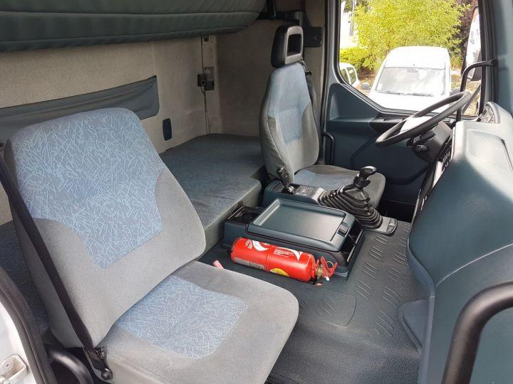 Camion porteur Renault Premium Rideaux coulissants 400.18 GV 850 PRIVILEGE GRIS - ROUGE Occasion - 16