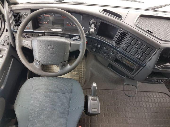 Camion porteur Volvo FH13 Rideaux coulissants 500 + SAMRO 3 essieux (2002) - COMBI 110m3 BLANC - 21