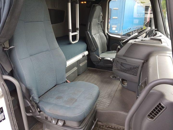 Camion porteur Volvo FH13 Rideaux coulissants 500 + SAMRO 3 essieux (2002) - COMBI 110m3 BLANC Occasion - 18