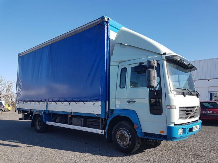 Camion porteur Volvo FL Rideaux coulissants 180.11 BLEU - VERT Occasion - 4