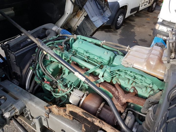 Camion porteur Volvo FL Rideaux coulissants 180.11 BLEU - VERT Occasion - 13
