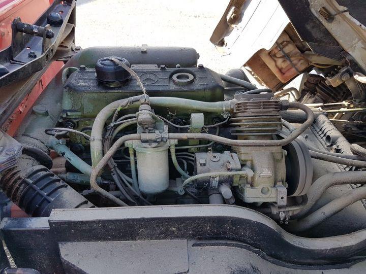 Camion porteur Mercedes LK Savoyarde 809 R BLANC - ROUGE - BLEU - 11