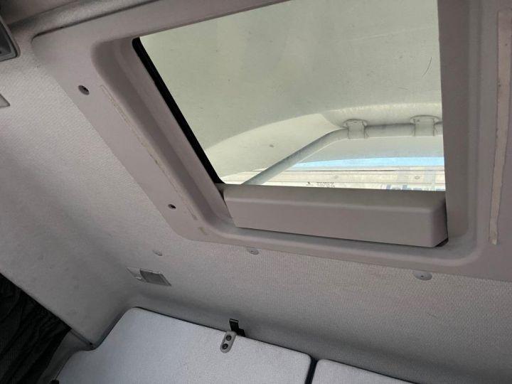 Camion porteur Volvo FL 280 FOURGON HAYON ELEVATEUR BLANC - 15