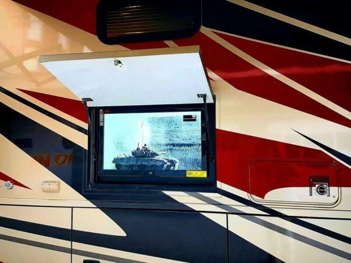 Camion porteur Volvo Thor Motor Coach Outlaw 37 Gris Peinture métallisée - 3