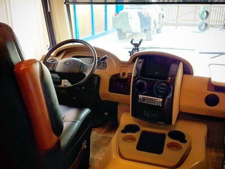 Camion porteur Volvo Thor Motor Coach Outlaw 37 Gris Peinture métallisée - 5