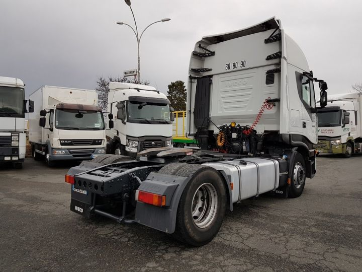 Camion tracteur BLANC Occasion - 2