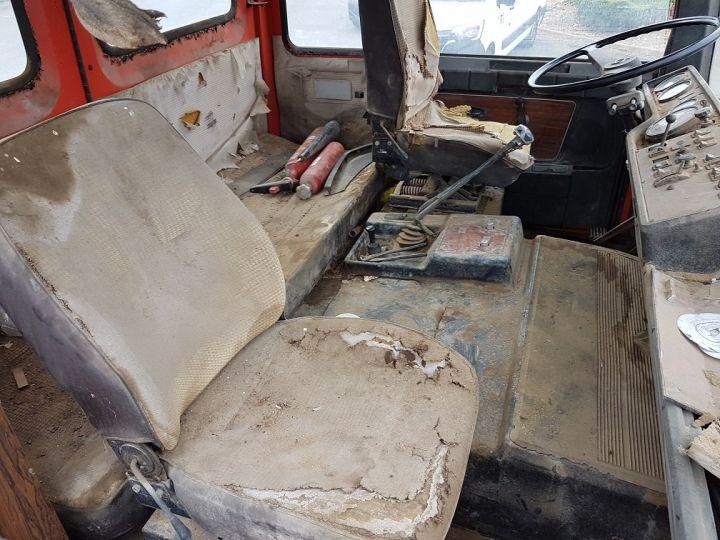 Camion tracteur Berliet TR H 350 6x4 ROUGE - BEIGE Occasion - 17