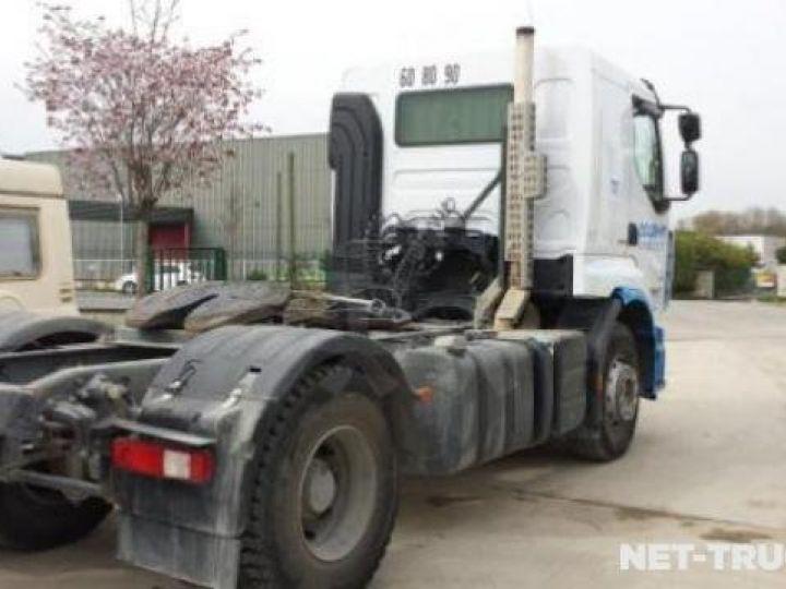 Camion tracteur Daf CF  - 3