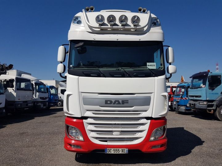 Camion tracteur Daf XF 106.510 SSC - INTARDER BLNC - ROUGE - 5