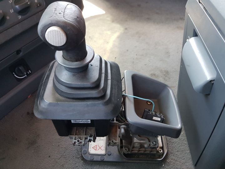 Camion tracteur Iveco Stralis 430 EUROTRONIC - Sans carte grise BLANC - 15