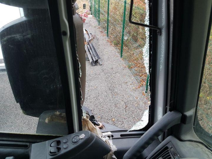 Camion tracteur Iveco Stralis AS 420 - Pour pièces (panne BV + chocs cabine) BLANC Occasion - 7