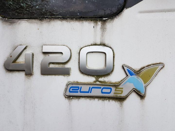 Camion tracteur Iveco Stralis AS 420 - Pour pièces (panne BV + chocs cabine) BLANC Occasion - 8