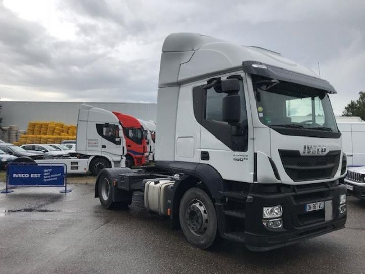 Camion tracteur Iveco Stralis Hi-Road AT440S46 TP E6 - offre de location 825 Euro HT x 36 mois* Blanc - 3