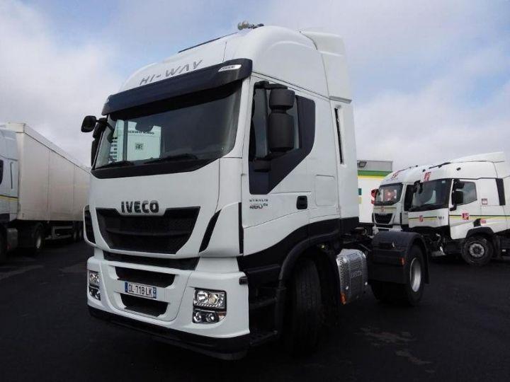 Camion tracteur Iveco Stralis Hi-Way AS440S46 TP E6 - offre de locatio925 Euro HT x 36 mois* Blanc - 1