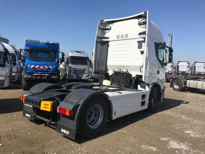 Camion tracteur Iveco Stralis Hi-Way AS440S48 TP E6 Blanc - 3