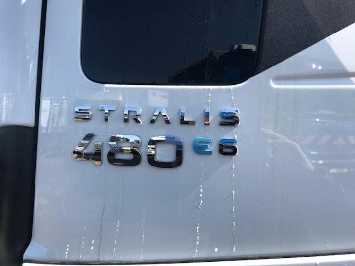 Camion tracteur Iveco Stralis Hi-Way AS440S48 TP E6 Blanc - 5