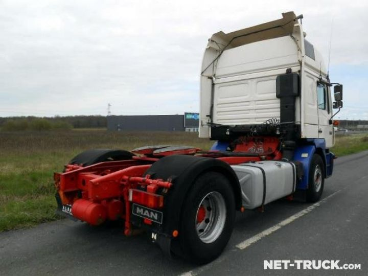 Camion tracteur Man F2000  Occasion - 2