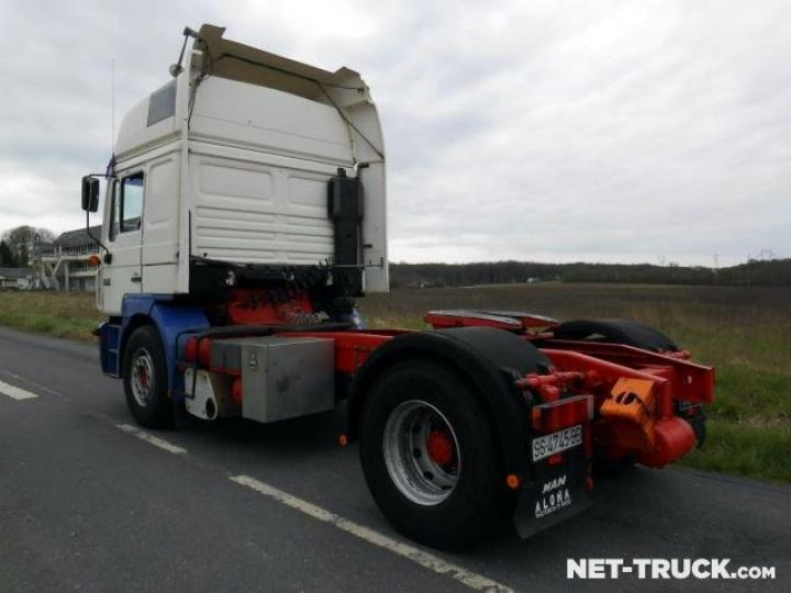 Camion tracteur Man F2000  Occasion - 4