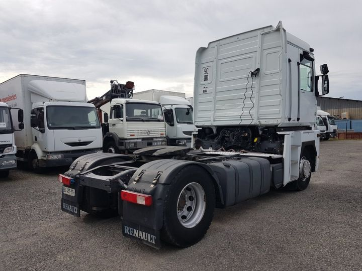 Camion tracteur Renault Magnum 440dxi OPTIDRIVER BLANC - 2